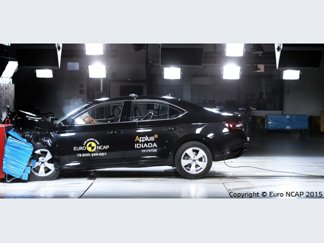 skoda_superb_crash_test
