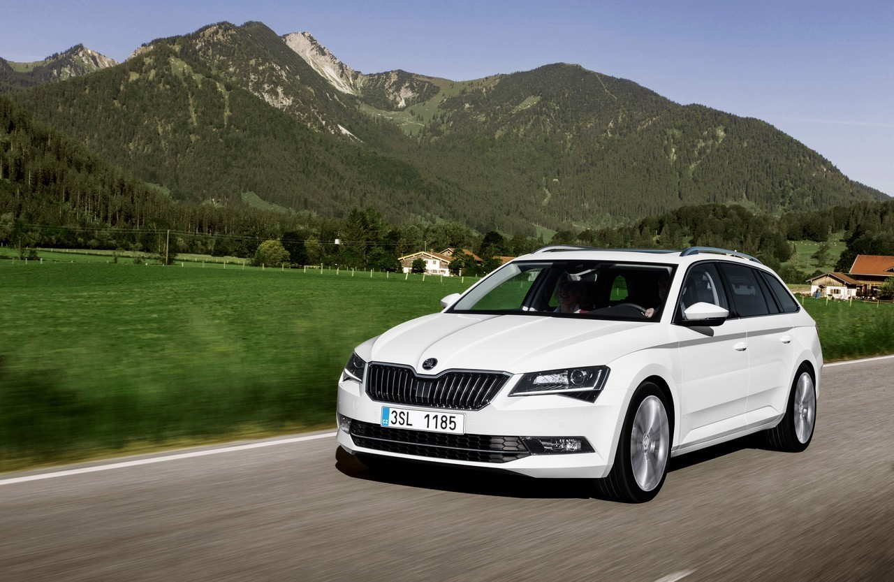 La nuova Skoda Superb wagon